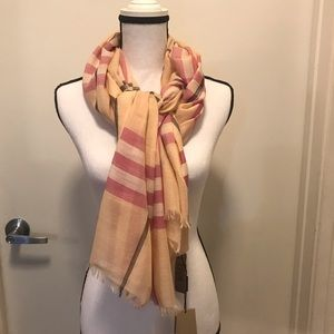 NWT  BURBERRY Giant Check Wool & Silk Gauze Scarf